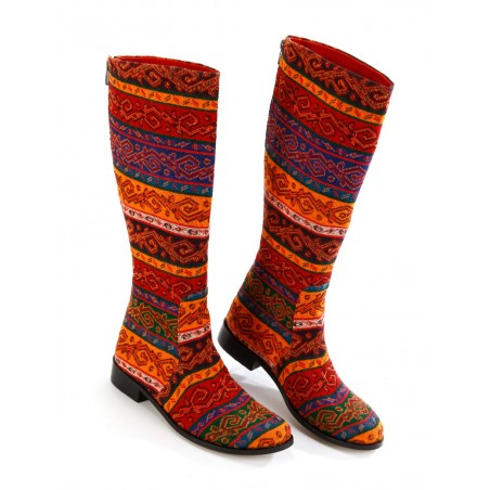 Flat Boots with kilim look fabric